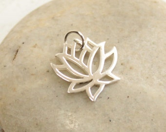 Sterling Silver Larger Lotus Flower Charm -- 1 Pieces -- 925 Sterling Lotus Pendant Connector