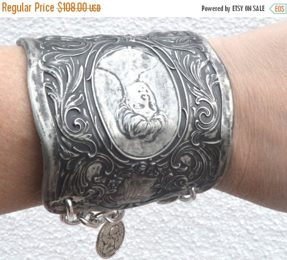 SALE 40% OFF Gibson Girl Antique Silverplated Goddess Maiden Floral Victorian Art Nouveau Wide Repousse Cuff Bracelet Wide Lady Face Angel P