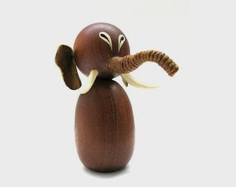 Vintage Teak Elephant Bottle Opener / Mid Century Dansk Design / Scandinavia