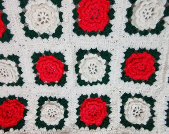 Vintage Christmas Afghan, Irish Rose in Red Green and White
