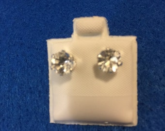 White Topaz Sterling Silver Earring Studs 6 mm round
