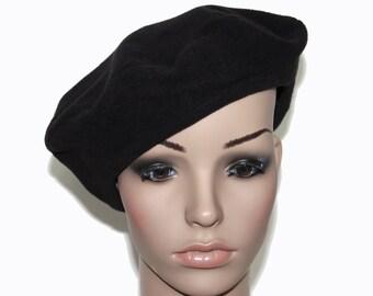Vintage  Hat // 1940s // Black // Tam Hat // Satin Lined // Wool // Retro // Beret