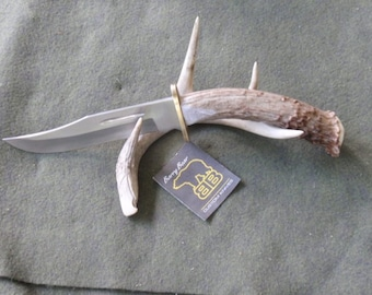 Collector's Fighter Hunting Knife with Whitetail Deer Handle