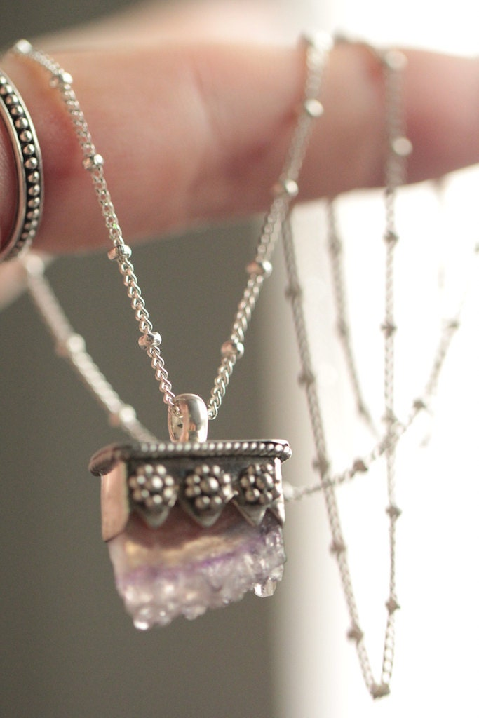 amethyst crystal necklace - photo #44