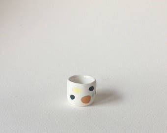 Speckled egg ring