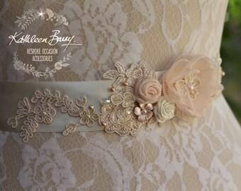 Wedding dress sash Bridal belt - floral with lace - Blush pink - soft pink STYLE: Sophia
