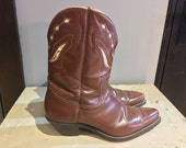 Vintage Red Wing Western Boots with Original boot pulls size 9.5 Cool!!!