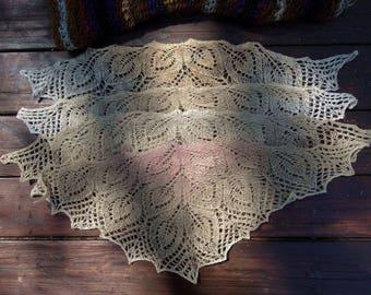 knitted beige-creme/ecru lace dollfie shawl, SD/MSD, BJD by szoszonka