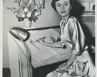 Actress Paula Drew drawing vintage photo