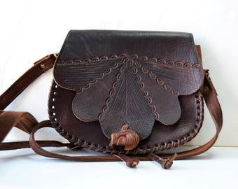 Mini vintage brown leather handbag
