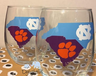 House divided North Carolina university Tar Heels and Clemson university tigers wine glass this listing is for ONE WINE GLASS