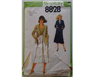 Vintage 70's Simplicity 8828 Flared A Line Skirt and Single Breasted Jacket Suit Pattern