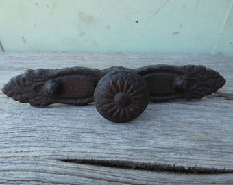 Large Cast Iron Cabinet Pull -  Rustic Cast Iron Handle Knob with back plate - Drawer Pull Farmhouse Decor
