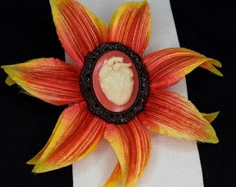 Anatomical heart cameo flower hairclip