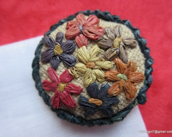 0147 – Beautiful Raffia Colorful Vintage Hand Worked Large Button