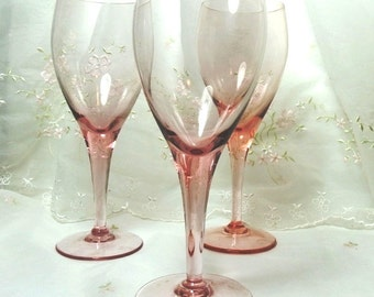 Revelation-Pink by Tiffin-Franciscan Wine Glass, Stem #17702, Pink/Blush