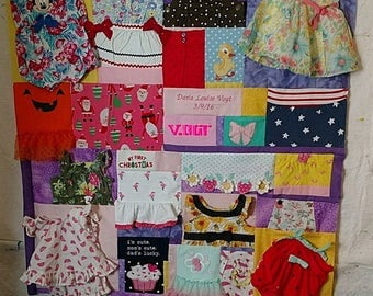 Baby clothes quilt | Etsy : quilts made from clothes - Adamdwight.com