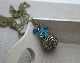 pregnancy Bola, blue, flower in glass, pearls in Crystal and Swarovski Crystal, blue agate