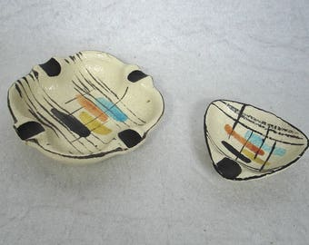 50s Two Ceramic Ashtrays square and triangle with 50s Pattern, Vintage German Mid Century