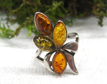 Sister gift best friend Amber ring vintage August Birthstone Leo talisman jewelry sterling silver leaf ring Baltic amber her rings size 6