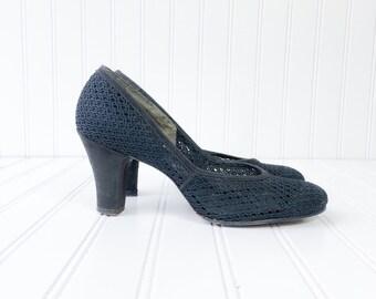 vintage 1940s black crochet net sheer pumps / WWII era pinup high heels / size 7.5 womens shoe