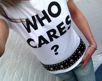 "Moschino ""Who cares?"" Print T-shirt"