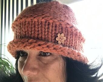 Pearl beanie hat // pumpkin