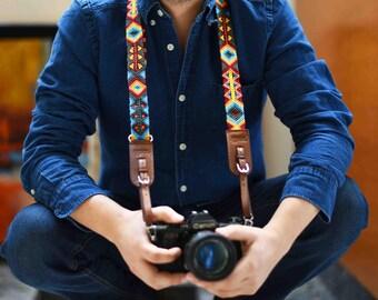 multifuncional leather camera strap with tzotzil macrame art and artisanal buckles, ukelele strap, ukulele strap, guitar strap, adjustable