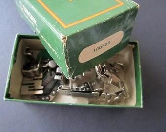 Singer 221 Featherweight Box Set 160809 Presser Feet Machine Attachments