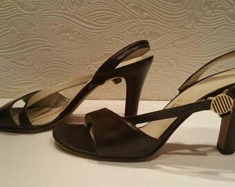 Vintage high quality size 7 womens sling sandals, dark brown