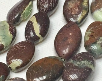 1/2 sreand of Chrysoprase oval beads 33