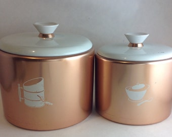Mirro Aluminium Flour and Sugar Canisters Copper Body White Lid Nesting Made in the USA Vintage Retro Kitchen Storage Caontainer Set