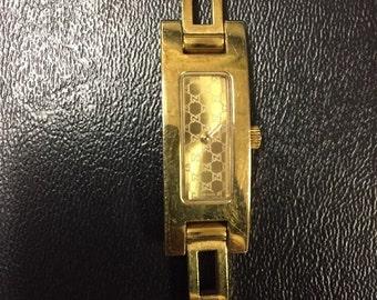 Gucci 3900 L Ladies Bracelet Watch Authentic W Extra Links