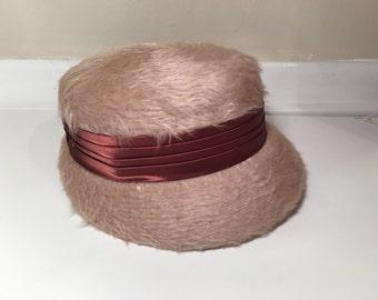 Vintage Womens Pink Fuzzy Cloche Hat