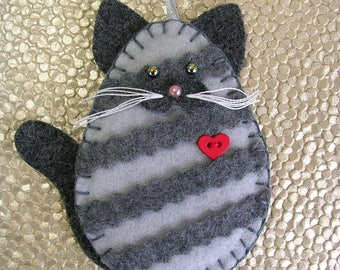 Cat Ornament, Gray Tabby Cat Ornament, Felt Gray Tabby Cat Ornament, Cat Christmas Ornament