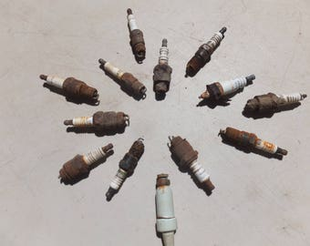 Rusty, Salvaged Spark Plugs, Car Part, Engine Part, Rusty Assemblage Supplies, Rusty Craft Supplies