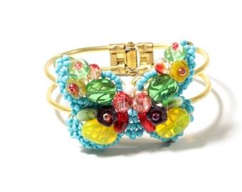 Beautiful hand made Vintage Czech glass beaded butterfly clasp bracelet 12-25