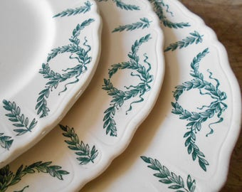 Rare French antique plates set of 3, XIX th century Longchamp Ironstone, Robert Charbonnier, wreath Villey pattern, outstanding table decor.