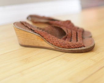 vintage tan leather strappy wood wedge sandals womens 7 *