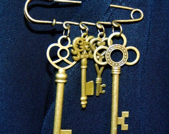 Steampunk Antique Bronze Keys Safety Pin Brooch