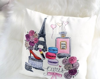 Illustrated pillow, Illustration pillow, Paris pillow cover, Paris decor bedroom, Paris throw pillow, Chanel Paris pillow, Fashion pillow