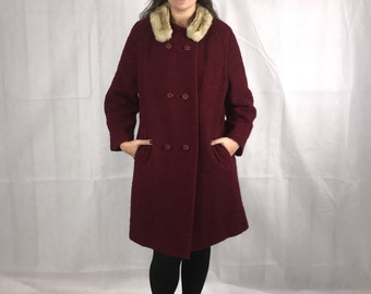 1960's Red Coat with Fur Collar detachable