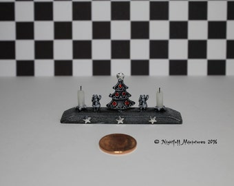 Dollhouse Miniature Distressed Shabby Christmas  Decoration in 1:12 scale