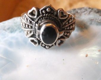 Poison Ring made of sterling silver and onyx............. size 9