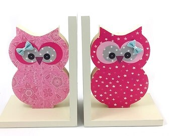 Kids Wood Bookends , Girl room decor , children room decoration in pink. Owl bookend.