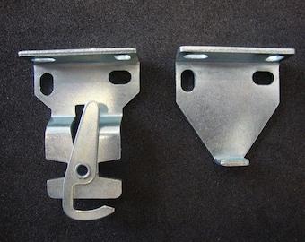 1 Pair Rollease R3 / R8 Roller Shade Installation Brackets (#rb380)