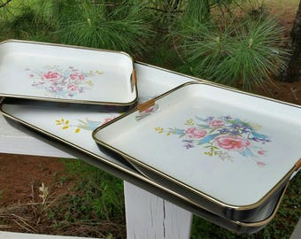 3 Nesting Lacquer Ware Japanese Serving Trays with Flowers