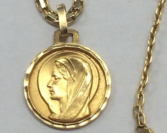 """1960's 14K Yellow Gold Religious Catholic Christian Mary CHARM MEDAL Pendant 20"""" Necklace"""