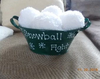 Snowball Fight - Bucket of Snowballs