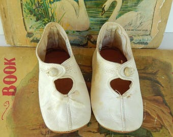 Sweet Little White Leather Antique ~ Baby Girl or Doll Shoes